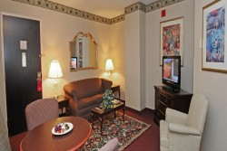 3 night Crowne Plaza Nashua