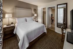 3 night Embassy Suites Scottsdale Resort