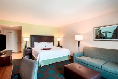 2 night Hampton Inn & Suites Newark