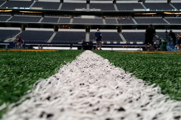 Cowboys at Patriots
