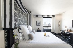 3 night Mayfair Los Angeles