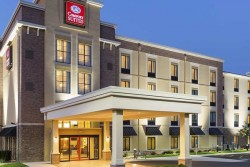 3 night Comfort Suites Hartville - Hall of Fame