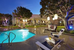 4 night Doubletree Marina del Rey - Parade Only