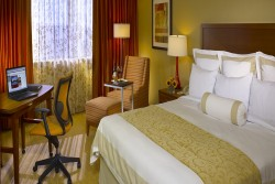 2 night Hilton Oak Brook Hills Resort