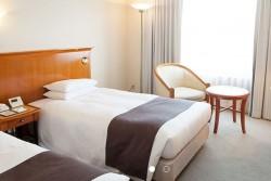 9 night Hotel East 21