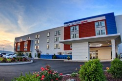 3 night SpringHill Suites Moosic, PA