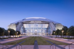 Nov 5: Chiefs at Cowboys - 2 night Hilton Arlington