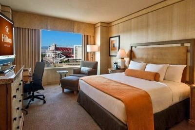 Hilton Santa Clara Hotel Room