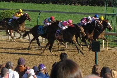 Running of the Kentucky Derby at Churchill Downs