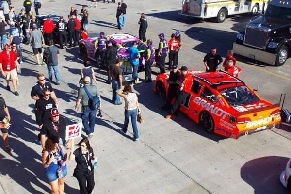 Las Vegas Motor Speedway Pit Road Access