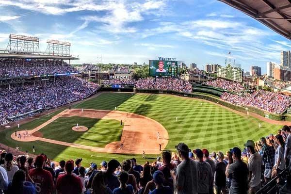 Chicago Cubs Tickets and Hotel Packages